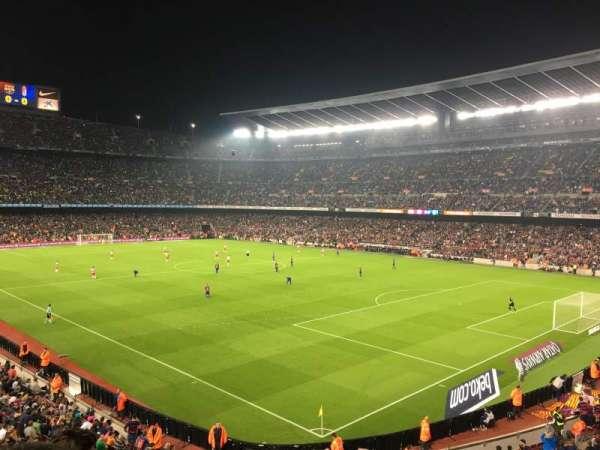 Camp Nou, sección: 238, fila: 3, asiento: 12