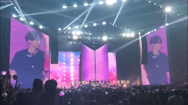 Staples Center, sección: 110, fila: 1, asiento: 1