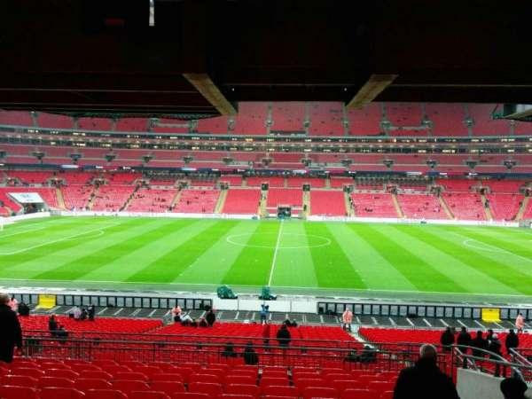 Wembley Stadium, sección: 122, fila: 42, asiento: 317