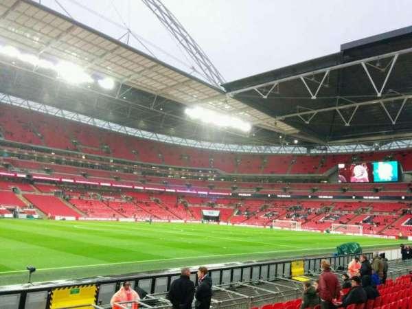 Wembley Stadium, sección: 125, fila: 10, asiento: 82