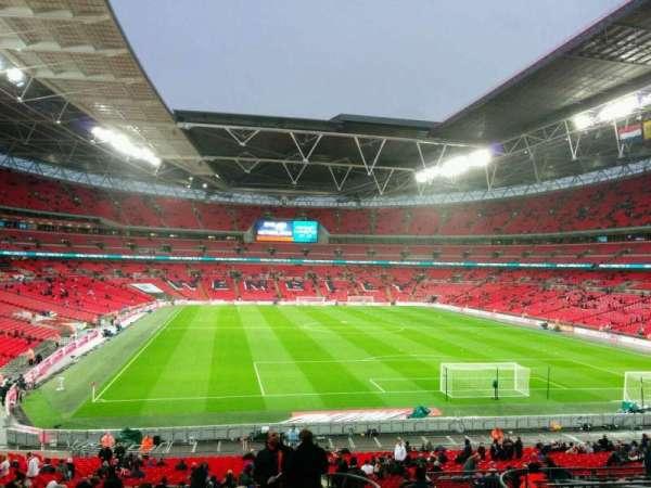 Wembley Stadium, sección: 135, fila: 42, asiento: 50