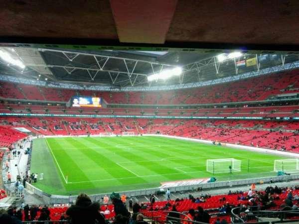 Wembley Stadium, sección: 136, fila: 43, asiento: 81