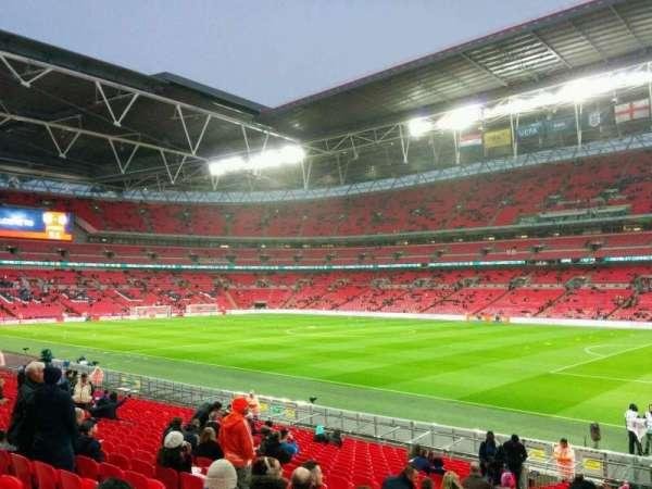 Wembley Stadium, sección: 140, fila: 23, asiento: 209