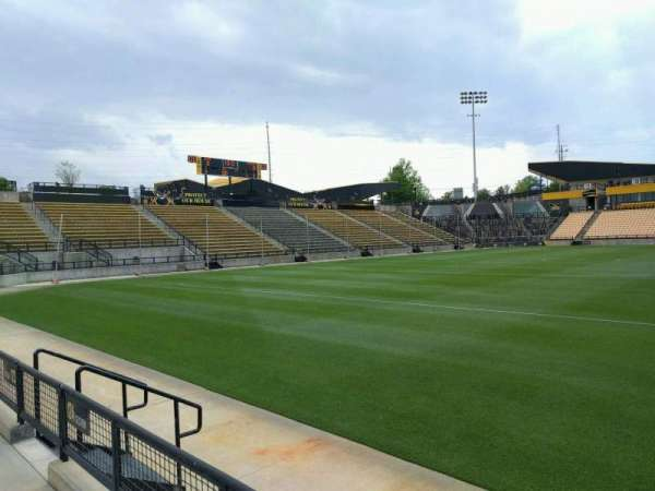 Fifth Third Bank Stadium, sección: 124, fila: b, asiento: 7