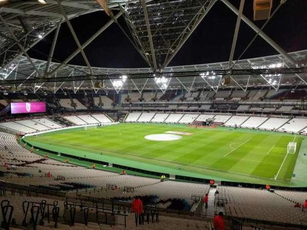London Stadium, sección: 240, fila: 54, asiento: 294