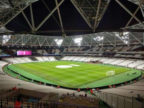 London Stadium, sección: 243, fila: 48, asiento: 199