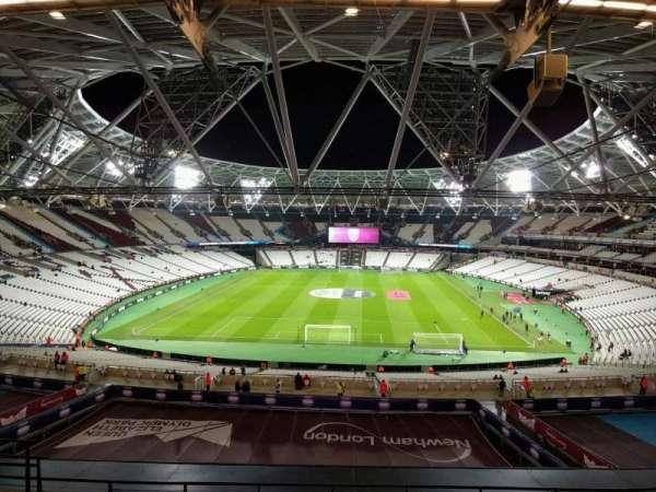 London Stadium, sección: 251, fila: 57, asiento: 852