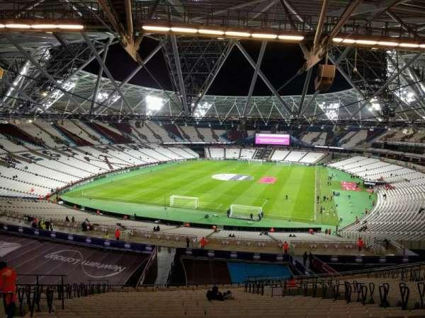 London Stadium, sección: 252, fila: 61, asiento: 790