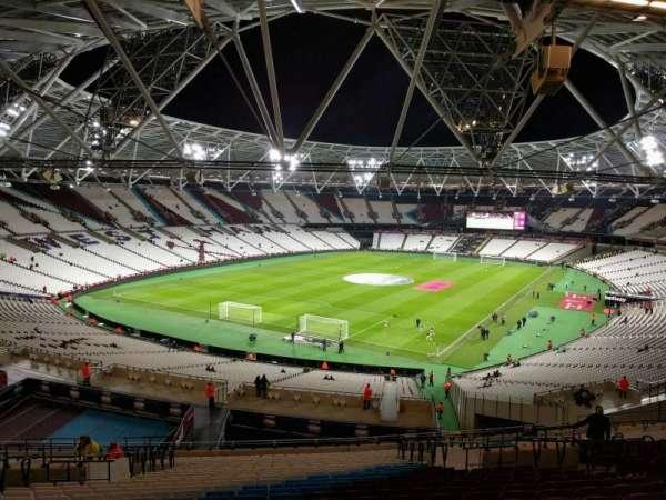 London Stadium, sección: 254, fila: 57, asiento: 727