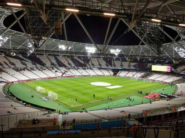 London Stadium, sección: 202, fila: 59, asiento: 633