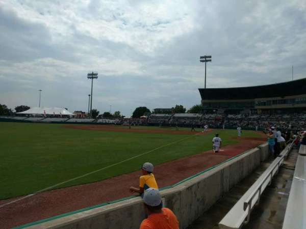 Nelson W. Wolff Municipal Stadium, sección: 121, fila: d, asiento: 6