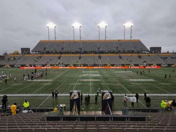 Tim Hortons Field, sección: 105, fila: 19, asiento: 16
