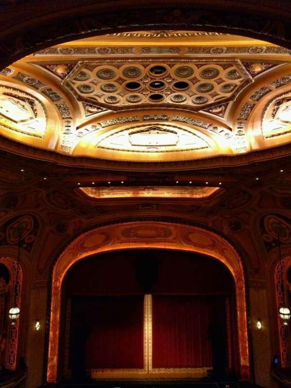 Shea's Buffalo, sección: Balcony 4, fila: s, asiento: 205
