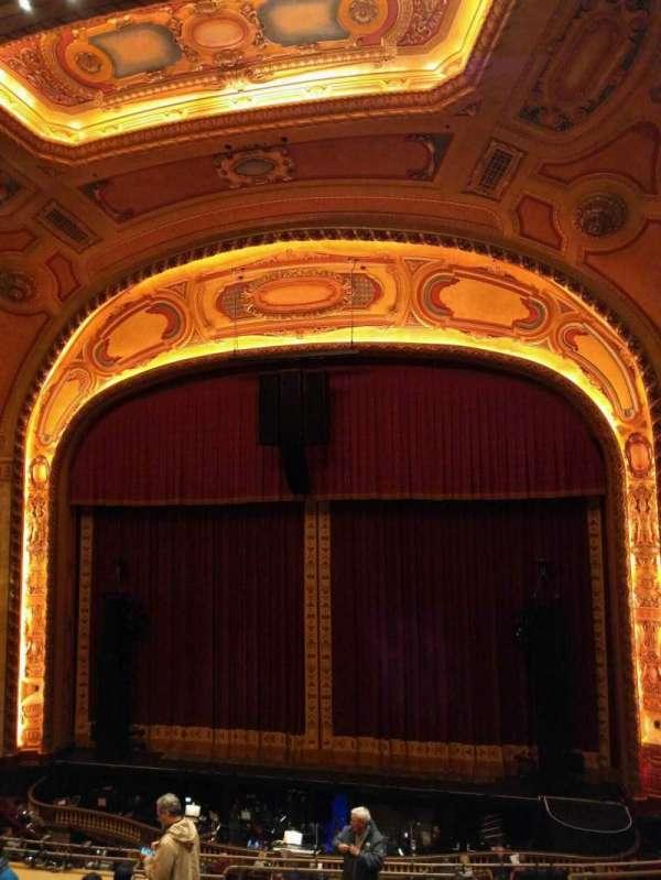Shea's Buffalo, sección: Balcony 3, fila: f, asiento: 8