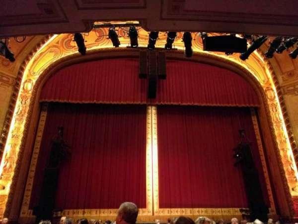 Shea's Buffalo, sección: Orchestra 3, fila: p, asiento: 104