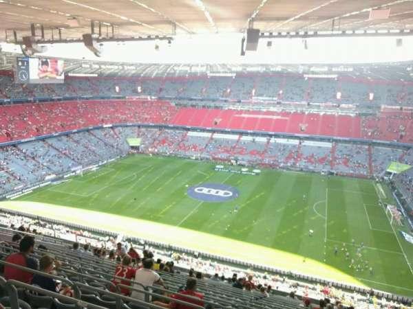 Allianz Arena, sección: 330, fila: 18, asiento: 6