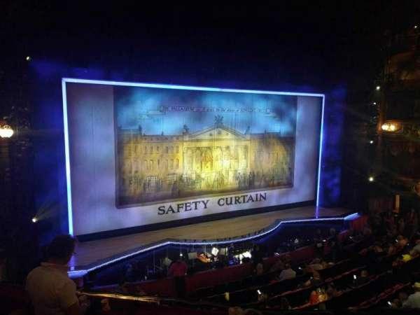 The London Palladium, sección: Royal Circle, fila: d, asiento: 38