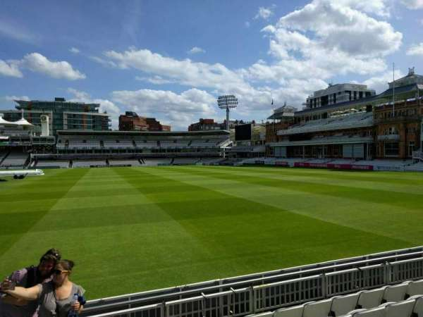 Lord's Cricket Ground, fila: 6, asiento: 38