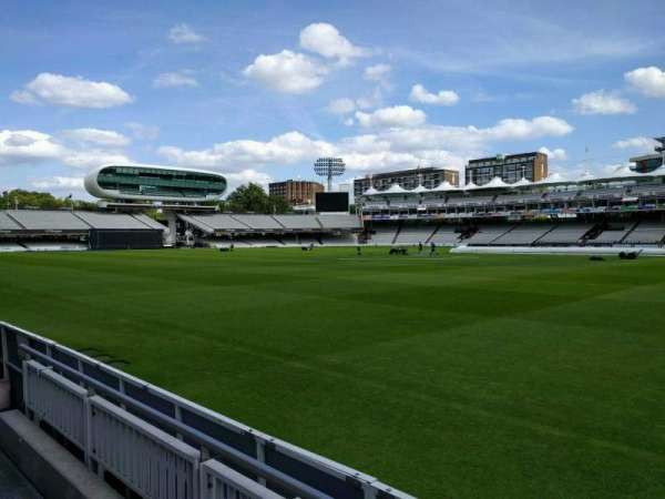 Lord's Cricket Ground, fila: 2, asiento: 39