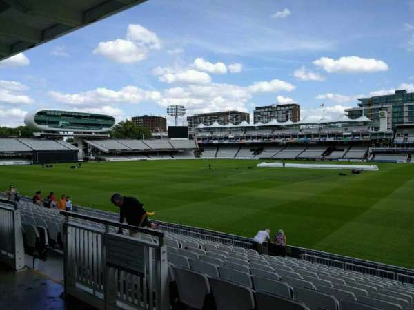 Lord's Cricket Ground, fila: 12, asiento: 32