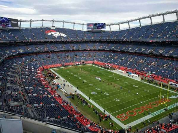 Empower Field at Mile High Stadium, sección: 500, fila: 6