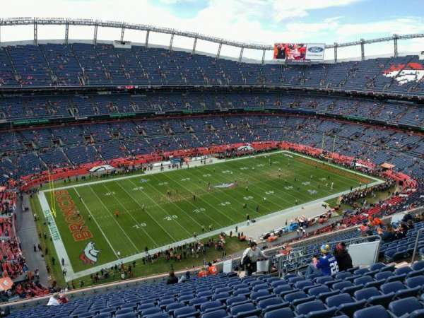 Empower Field at Mile High Stadium, sección: 539, fila: 18, asiento: 14