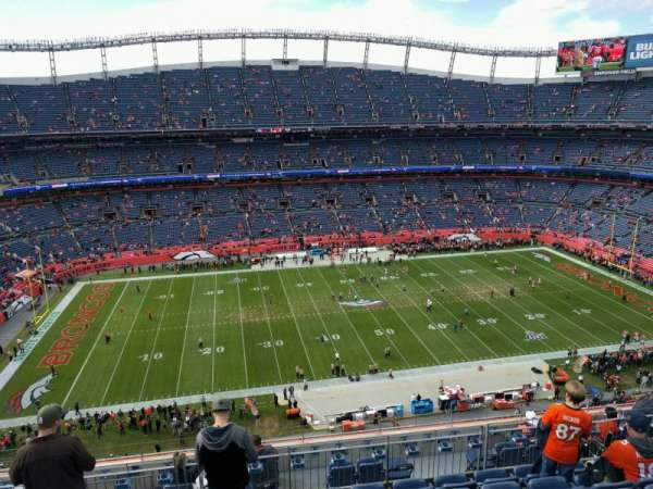 Empower Field at Mile High Stadium, sección: 536, fila: 10, asiento: 14