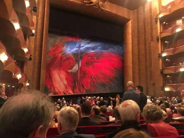 Metropolitan Opera House - Lincoln Center, sección: Orch, fila: V, asiento: 19