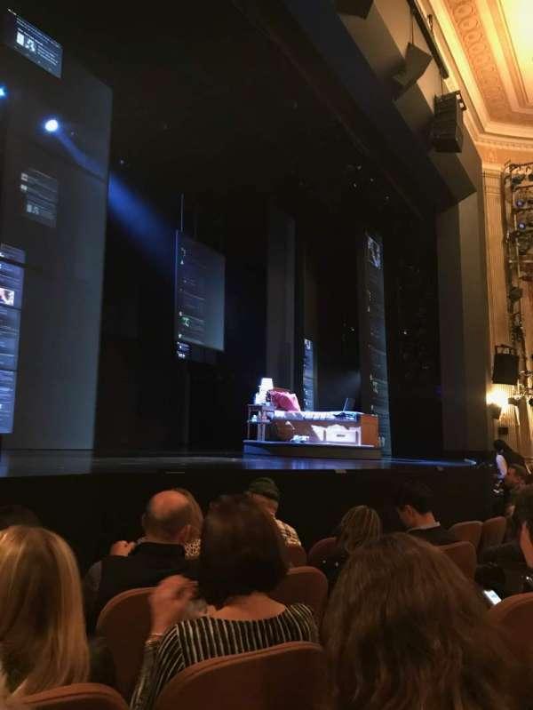 Music Box Theatre, sección: Orchestra L, fila: E, asiento: 15