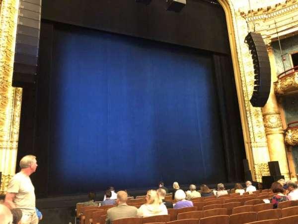 Emerson Colonial Theatre, sección: Orchestra L, fila: L, asiento: 1