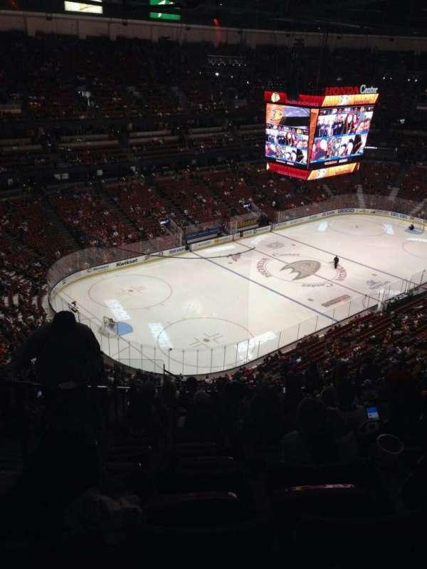 Honda Center, sección: 439, fila: s, asiento: 14