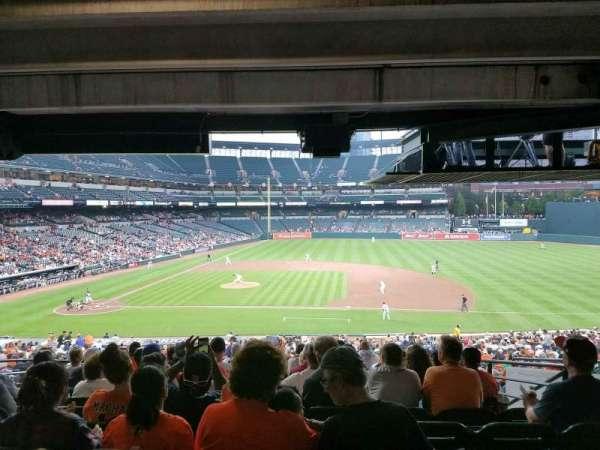 Oriole Park at Camden Yards, sección: 19, fila: 10, asiento: 12