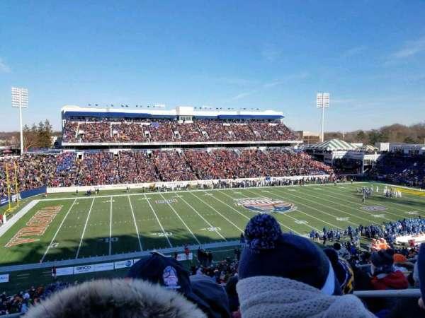 Navy-Marine Corps Memorial Stadium, sección: 107, fila: 7, asiento: 9