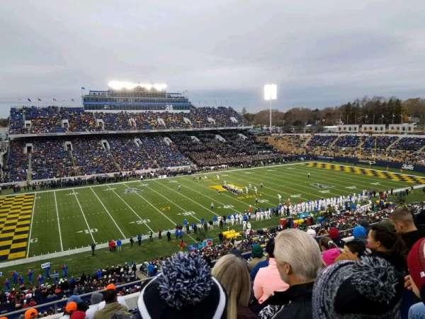 Navy-Marine Corps Memorial Stadium, sección: 132, fila: 11, asiento: 17