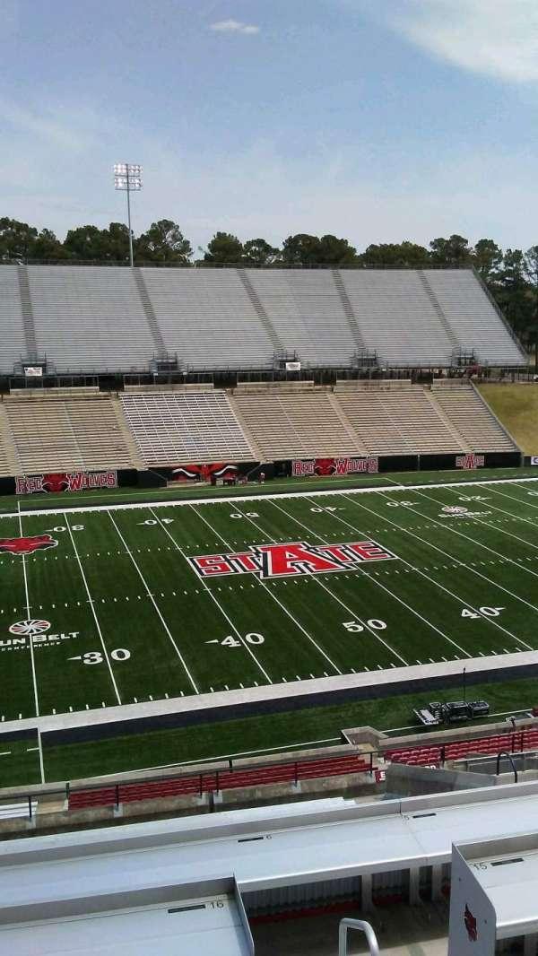 Centennial Bank Stadium, sección: EE, asiento: 43