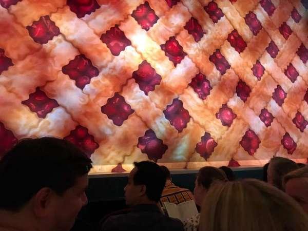 Brooks Atkinson Theatre, sección: Orch C, fila: B, asiento: 102