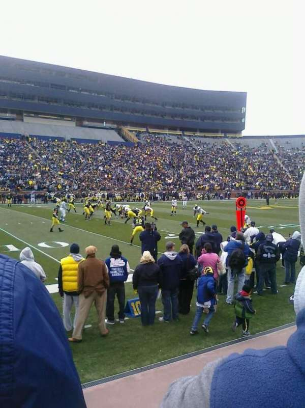 Michigan Stadium, sección: 26, fila: 1