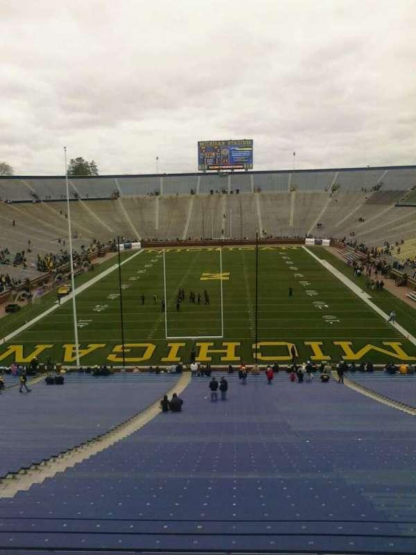 Michigan Stadium, sección: 33, fila: 62, asiento: 18