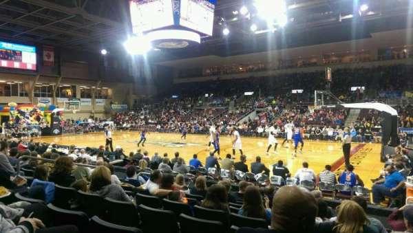 Erie Insurance Arena, sección: 106, fila: H, asiento: 5