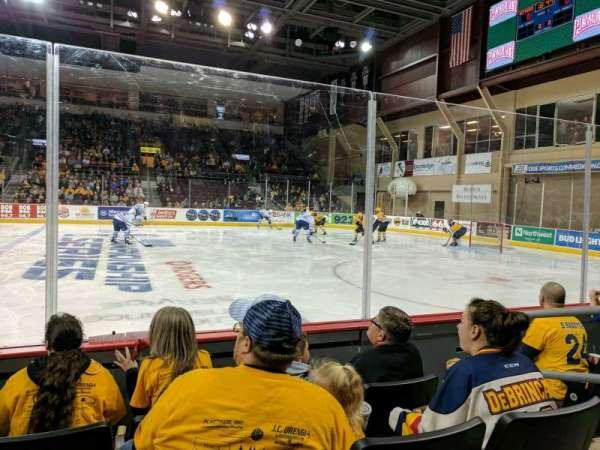 Erie Insurance Arena, sección: 120, fila: D, asiento: 4