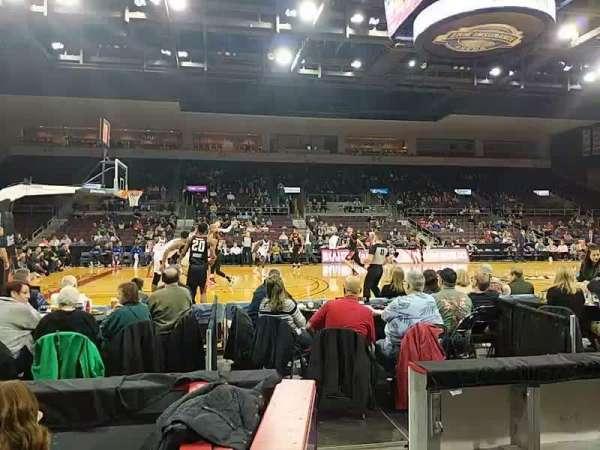 Erie Insurance Arena, sección: 118, fila: C, asiento: 12