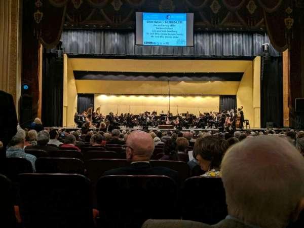 Warner Theatre (Erie), sección: 103, fila: T, asiento: 11