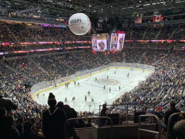 T-Mobile Arena, sección: 104, fila: K, asiento: 15