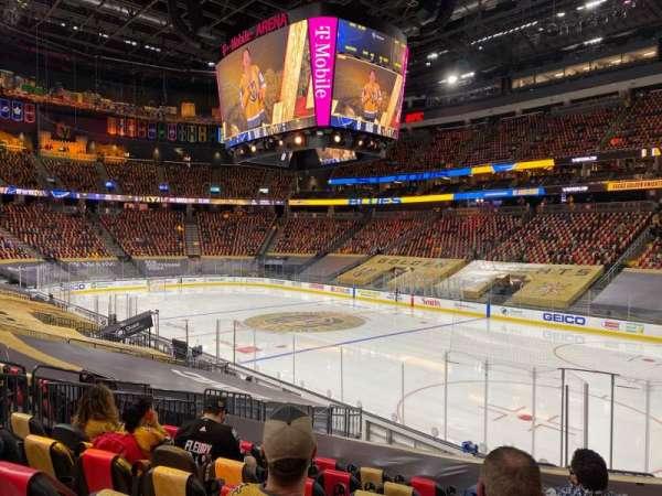 T-Mobile Arena, sección: 8, fila: N, asiento: 10