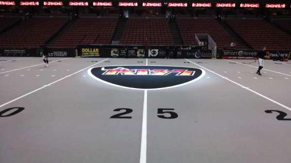 Honda Center, sección: 222, fila: A, asiento: 8