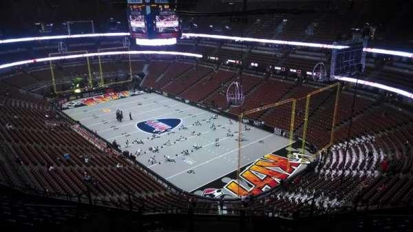 Honda Center, sección: 405, fila: N, asiento: 8