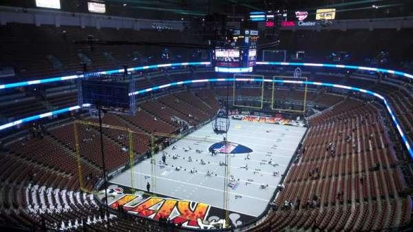 Honda Center, sección: 442, fila: N, asiento: 8