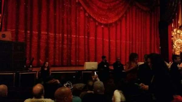 Beacon Theatre, sección: Orchestra 1, fila: e, asiento: 21
