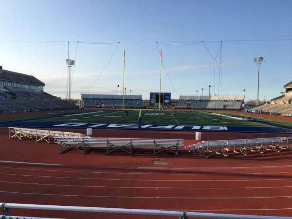 UB Stadium, sección: 237, fila: A, asiento: 1