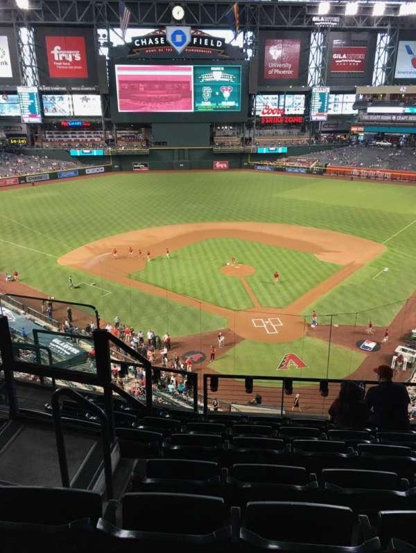 Chase Field, sección: 317, fila: 7, asiento: 14